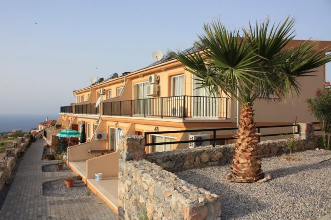 Квартира с видом на море и горы