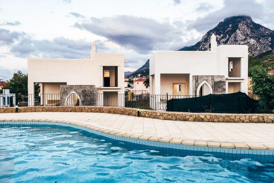 Прекрасный загородный дом у моря