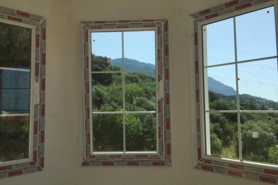 Вилла в классическом стиле в горах