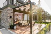 Квартира люкс с террасой в саду
